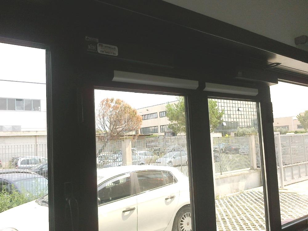 Porta automatica a battente Ditec Sprint presso Abete Zona Industriale Nola